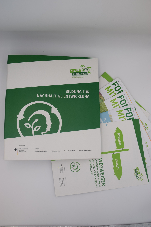 Arbeitsordner Bildung für nachhaltige Entwicklung außen